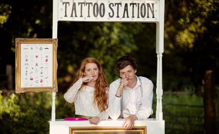 Tatouages éphémères pour votre mariage, la tendance qui amusera petits et grands !